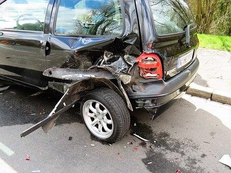 Autoschaden nach Verkehrsunfall